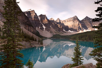 Petersheim_Images_pi_20110827_Banff_Moraine_Lake_3